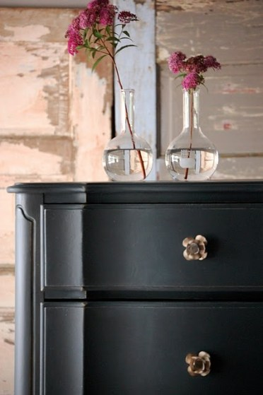 Black Nightstand4
