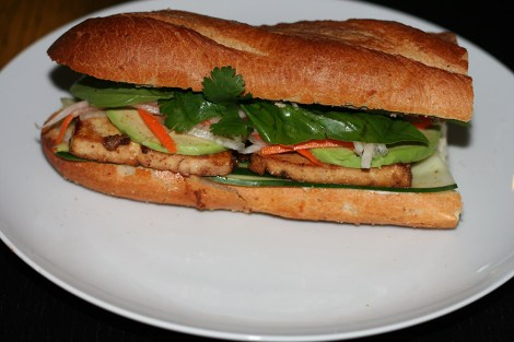 vegan-banh-mi