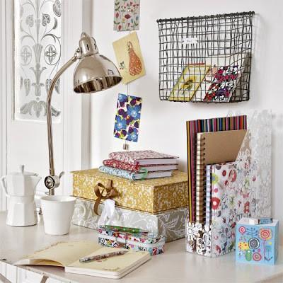 Home office decorado com delicadeza
