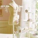 06 guardar bijuterias em organizadores manequins
