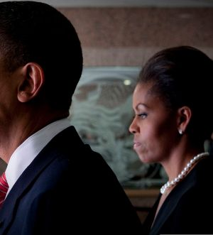 1280px-barack__michelle_obama_prepare_to_attend_fort_hood_memorial_service_2009-11-10