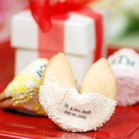 Top 10 Best Wedding Edible Candy Favors 2014