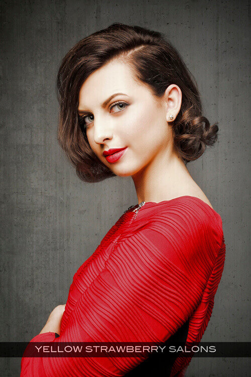 Vintage Medium Hairstyle with Waves Side
