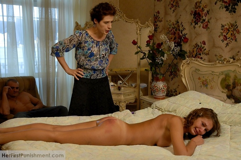 woman masturbating in bed feet