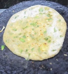 cheese capsicum paratha step 6