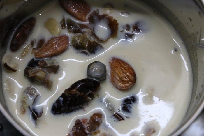 dry fruits milkshake step 2