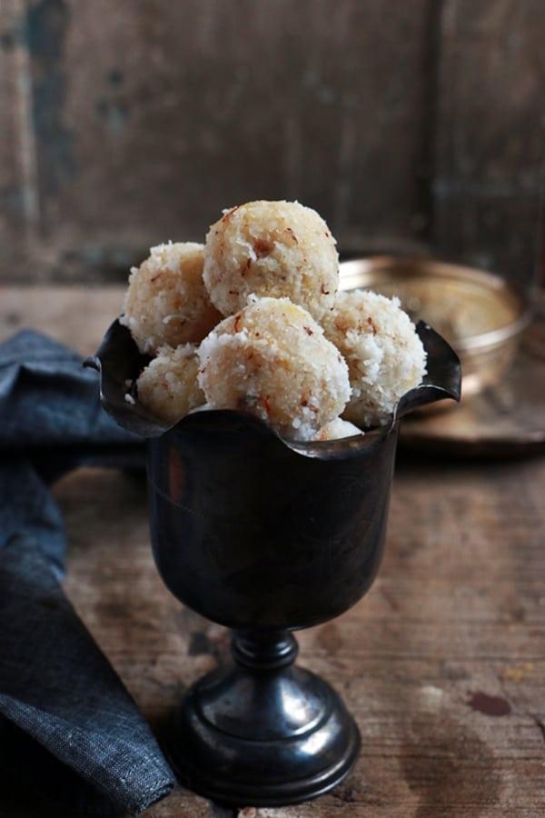 coconut ladoo recipe c