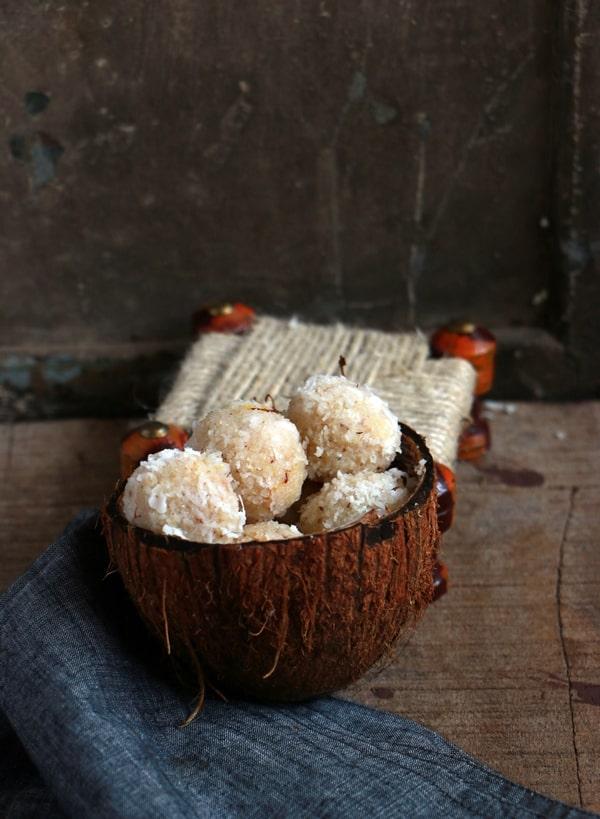 coconut ladoo recipe d