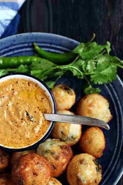Red coconut chutney recipe | Coconut chutney with red chillies