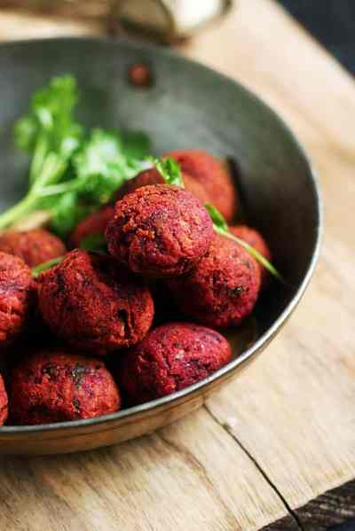 Beetroot kola urundai recipe| Kolo urundai recipe with beetroot