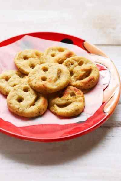 Baked potato smileys recipe   Easy baked snack recipes