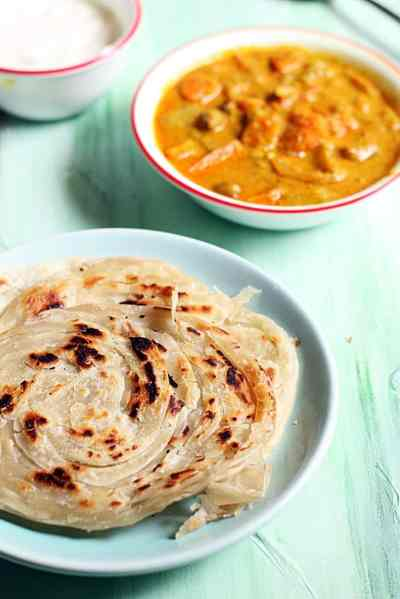 parotta recipe, malabar parotta recipe | How to make kerala parotta