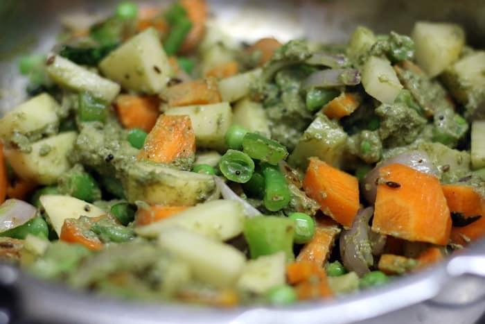 vegetable saagu recipe step 4