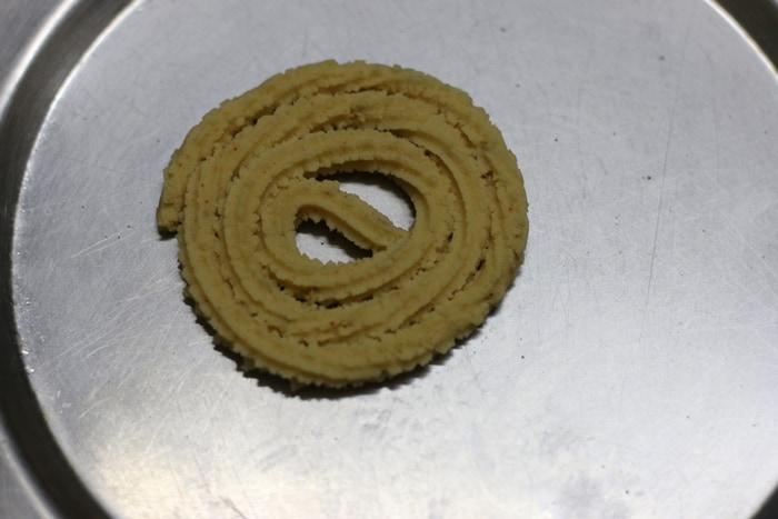 chakli recipe step 2