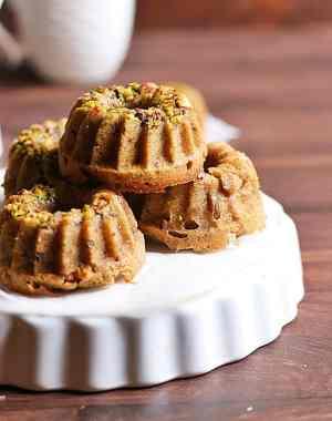 date walnut cake recipe