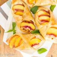 Peaches 'n Cream Puff Pastries