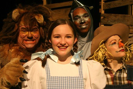 pumpkin theatre presents dorothy and the wizard of oz - (cool) progeny