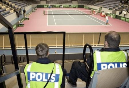 police-israelsweden-daviscup09