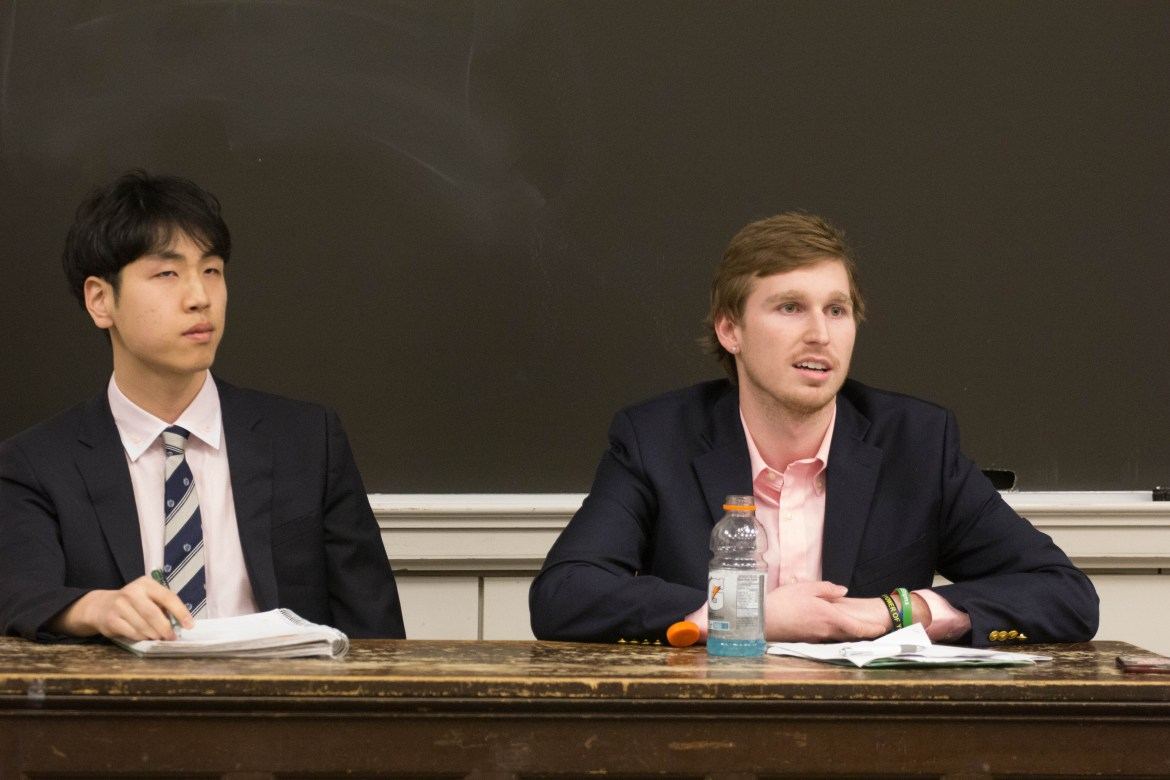 Student Assembly presidential candidates Jung Won Kim '18 (left) and Matthew Indimine '18 (right).