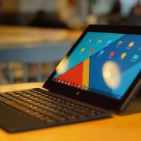 I hate clones, but this Surface Pro rip-off is interesting