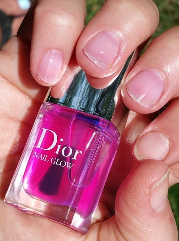Swatch of Dior Nail Glow Nail Polish and Bare Nail Index Finger