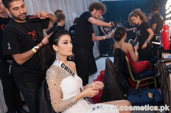 khan makeup artist