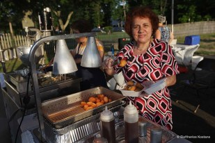 Record Crowds continue at St. Anthonys Greek Festival