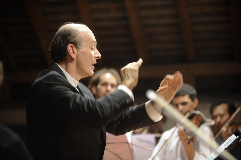 Irish Chamber Orchestra with Gábor Takács-Nagy (conductor)