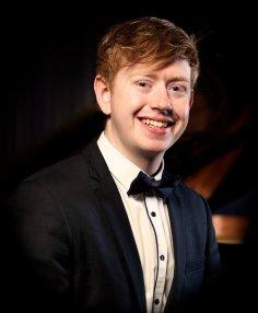 ORTUS Gary Beecher (piano)