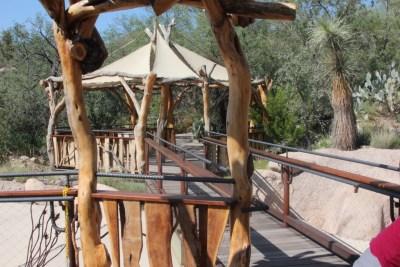 Sonora Desert Museum : Aménagement pour donner un peu d'ombre aux visiteurs