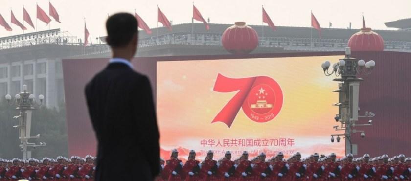 China, 70 años de Revolución y la muerte de las ideologías incendiarias – Por Eloy Torres Román