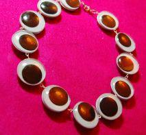 googly-eyed-necklace