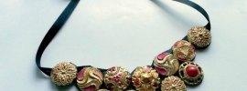 button-necklace