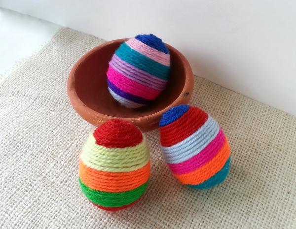 string egg (10)