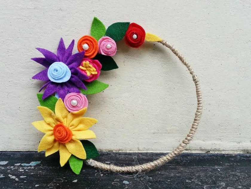 How to Make Flowers using Felt