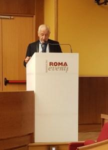 Il Prof. Francesco De Lorenzo.