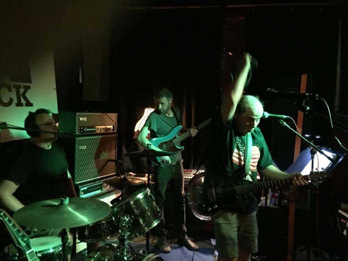 Keine Zähne im Maul aber La Paloma Pfeifen – Live in Köln (09.09.2016)