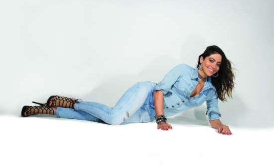 Pisom Jeans apresenta peças confortáveis e elegantes para os dias quentes.