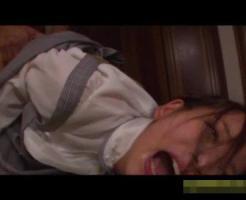 【□リレ●プ動画】中●生少女が目隠し緊縛レ●プ!マン毛もろくに生えてない膣穴をバックで激しく突かれて白目剥きアクメ・・・