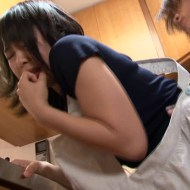 【NTRレイプ動画】電気工事の作業員が人妻をレイプ!「静かにしろ殺すぞ」と脅し強引に生姦中出し・・・