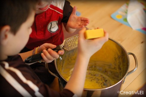 making our own laundry soap