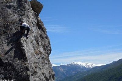escalade Hautes-Alpes, stage escalade adulte, moniteur d'escalade