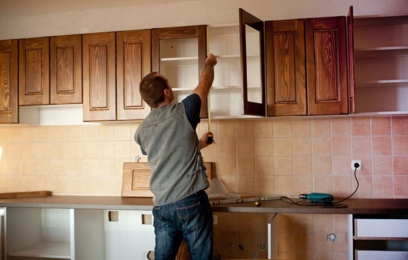 Чем покрасить кухонный гарнитур своими руками