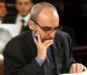 El ex juez está acusado de haber pagado Telleldín para que acuse a policías.