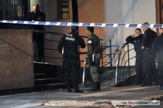 La explosión provocó heridas menores a dos gendarmes.