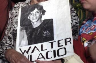 El juicio contra Espósito fue por privación ilegal de la libertad.