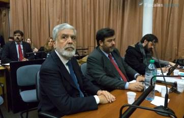 De Vido, con sus abogados defensores.
