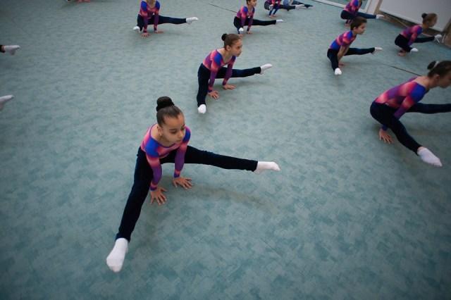 antrenament junioare gimnastica 11