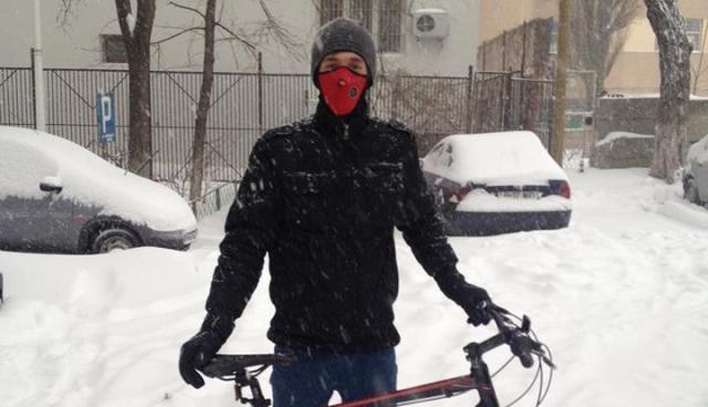 cristian florea - bicicleta iarna-thumbnail