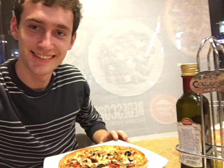concurs pizza hut